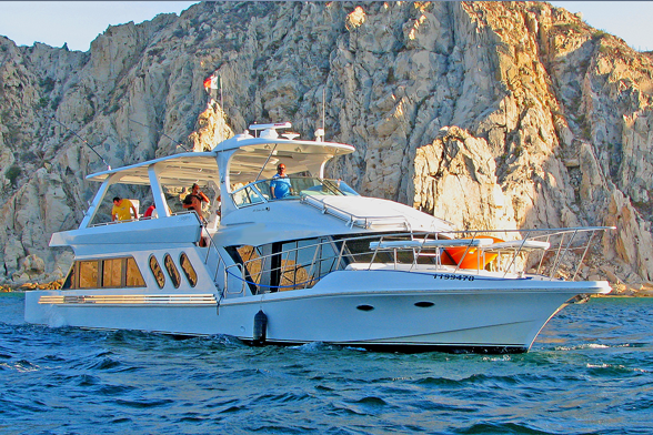 72' Luxury Boat Charter
